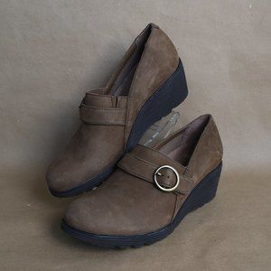 * DANSKO Clio Brown Suede Buckle Wedges 10